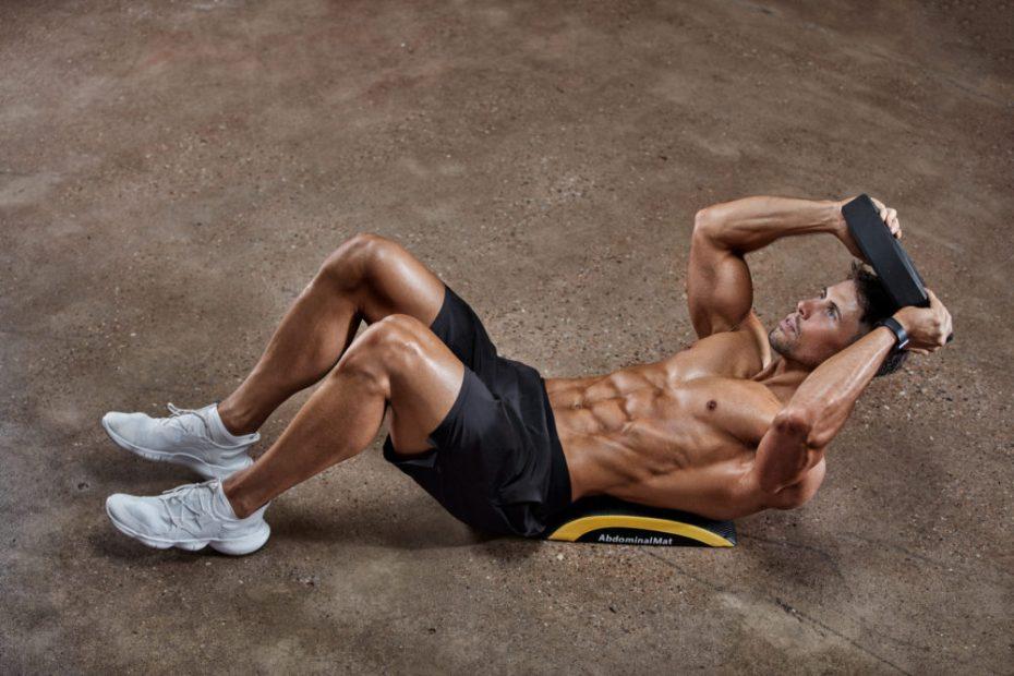 Силовите тренировки премахват коремните мазнини